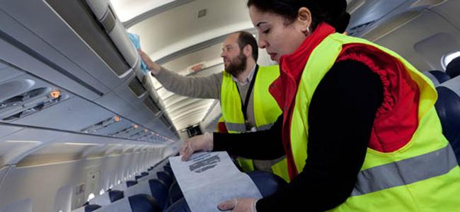 Agent de nettoyage d avion